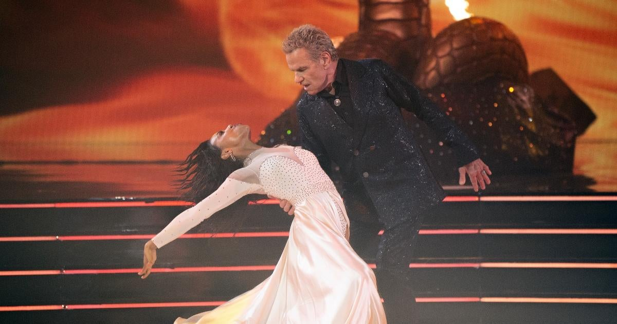 'Cobra Kai' Fans Need to See Martin Kove's Epic 'Dancing With the Stars' Debut.jpg