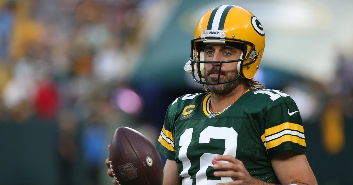 Aaron Rodgers Sends Message to 'Trolls' After Dominating 'Monday Night Football' Performance.jpg