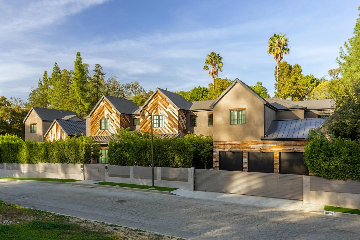 kelly-clarkson-encino-mansion.jpg