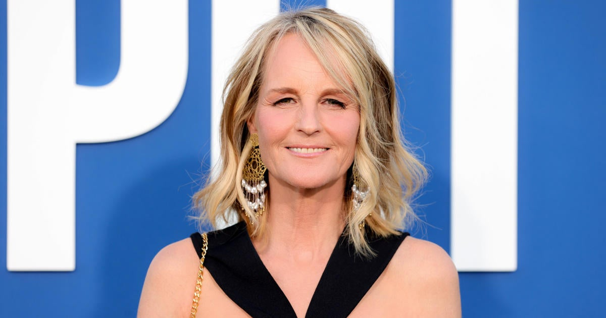 'Mad About You' Star Helen Hunt Suing Limo Company That Left Her Hospitalized After Crash.jpg