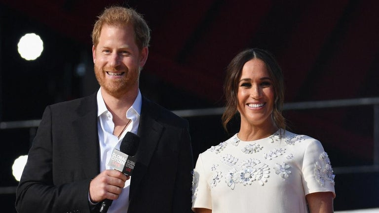 Queen Elizabeth Set to Honor Prince Harry and Meghan Markle, Report Says