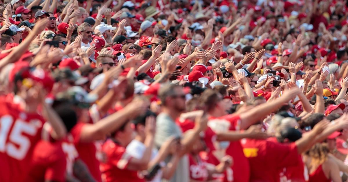 Kansas City Chiefs Fans Get Into Major Brawl During Loss to Los Angeles Chargers.jpg
