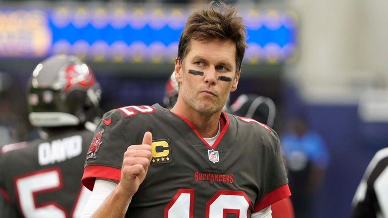 Tom Brady Breaks All-Time NFL Record Against Patriots