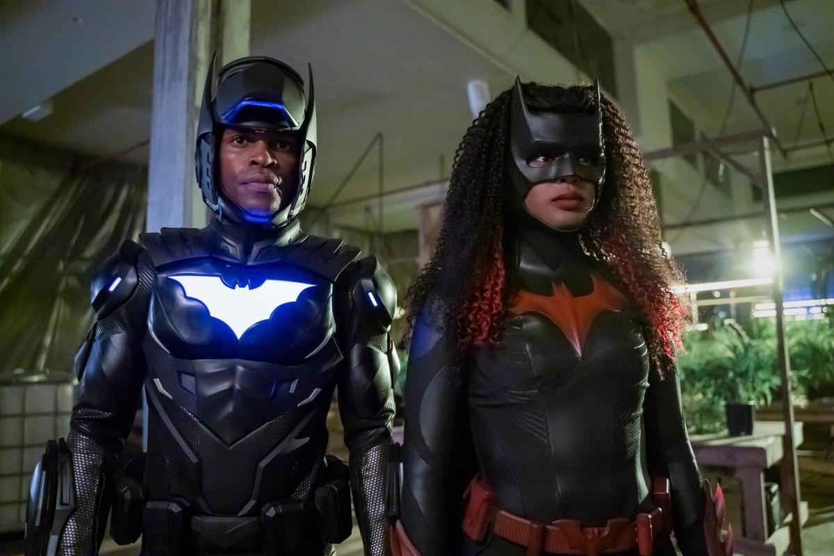batwoman-3x01-3