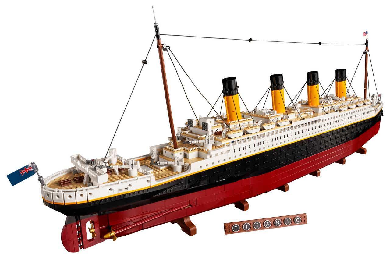 lego-titanic.jpg