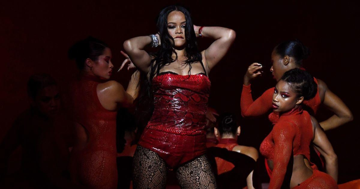 Rihanna Poised to Make Huge Business Move in 2022.jpg