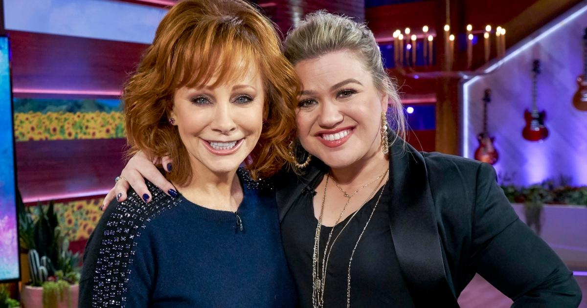 reba-mcentire-kelly-clarkson-getty-images