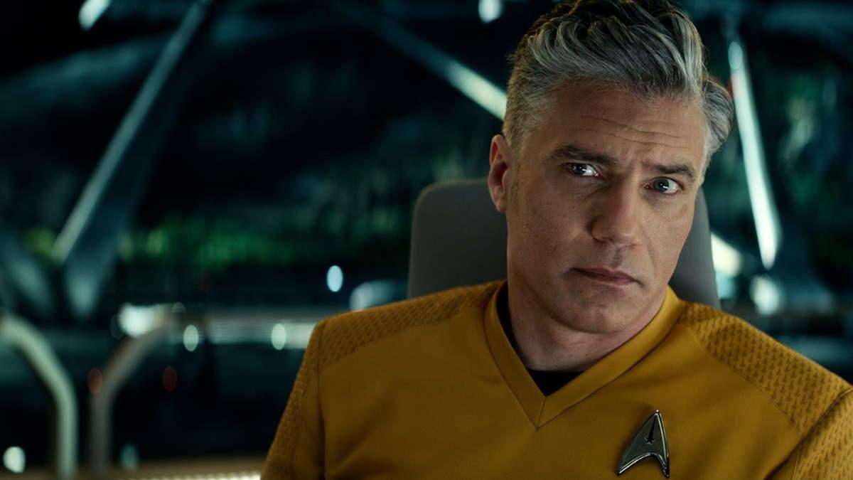star-trek-strange-new-worlds-captain-pike-anson-mount