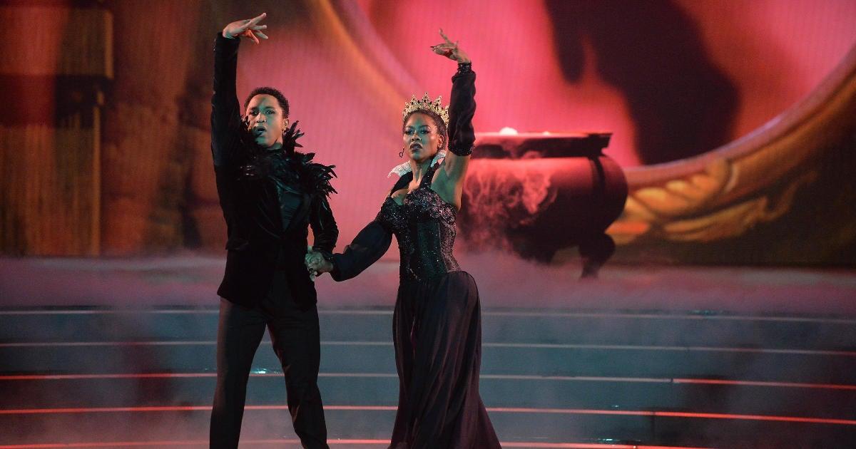 'Dancing With the Stars': Kenya Moore Discloses Painful Injury.jpg