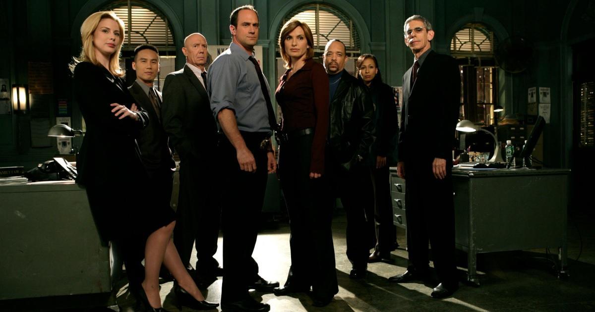'Law & Order: SVU' 500th Episode Teaser Confirms Return of Another Long-Departed Star.jpg