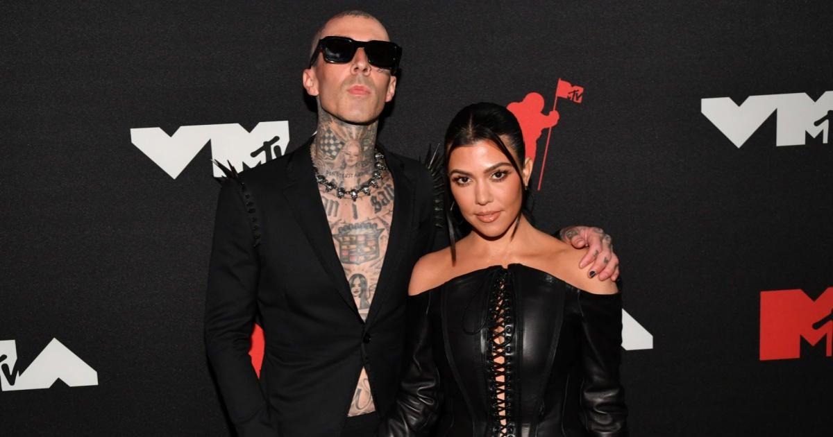 Kourtney Kardashian and Travis Barker Make Engagement Official After Weeks of Teases.jpg