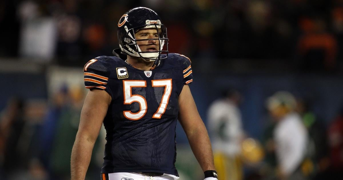 Former Bears Star Wants to Punch Aaron Rodgers' Face Over 'Still Own You' Comment to Chicago Fans.jpg