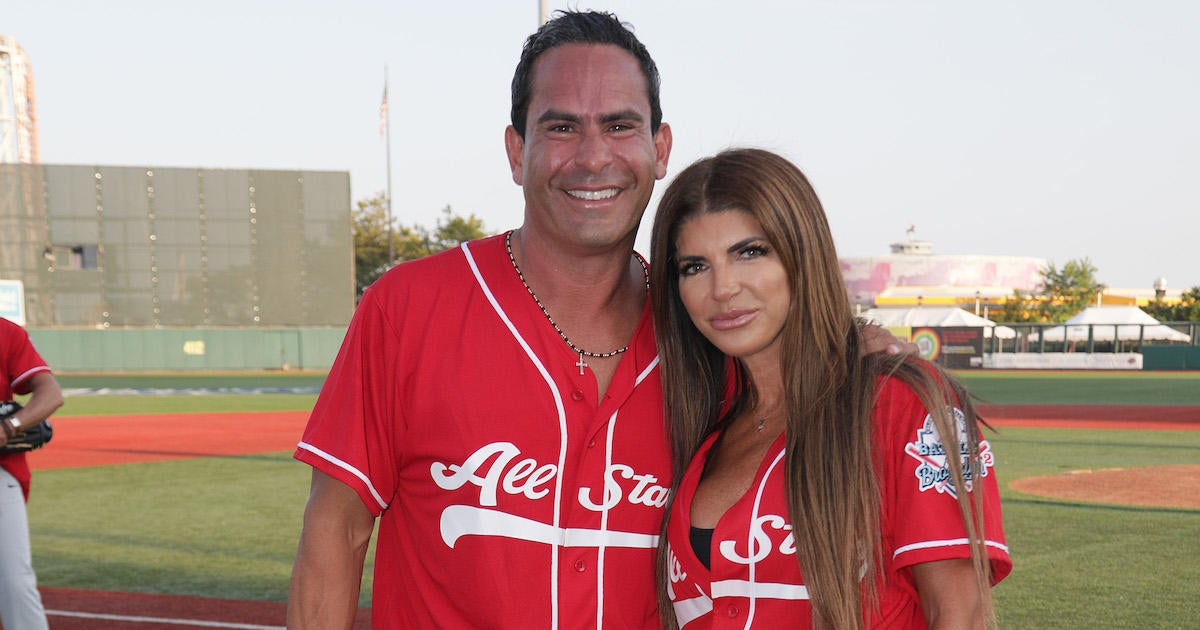 'Real Housewives' Star Engaged to Boyfriend Following Divorce.jpg