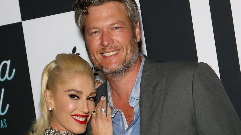 Gwen Stefani Posts Throwback to Blake Shelton's Heartwarming Proposal