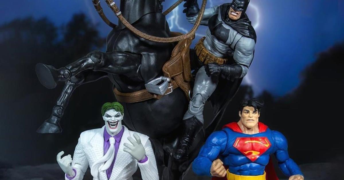 the-dark-knight-returns-mcfarlane-toys-top