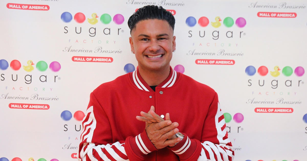 'Jersey Shore' Star Glows Over 'Happy' Relationship With Girlfriend.jpg