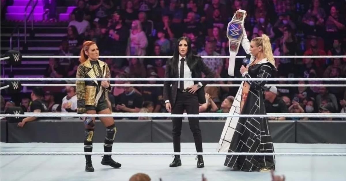 WWE's Charlotte Flair and Becky Lynch Reportedly Get Into 'Heated' Backstage Exchange at 'SmackDown'.jpg