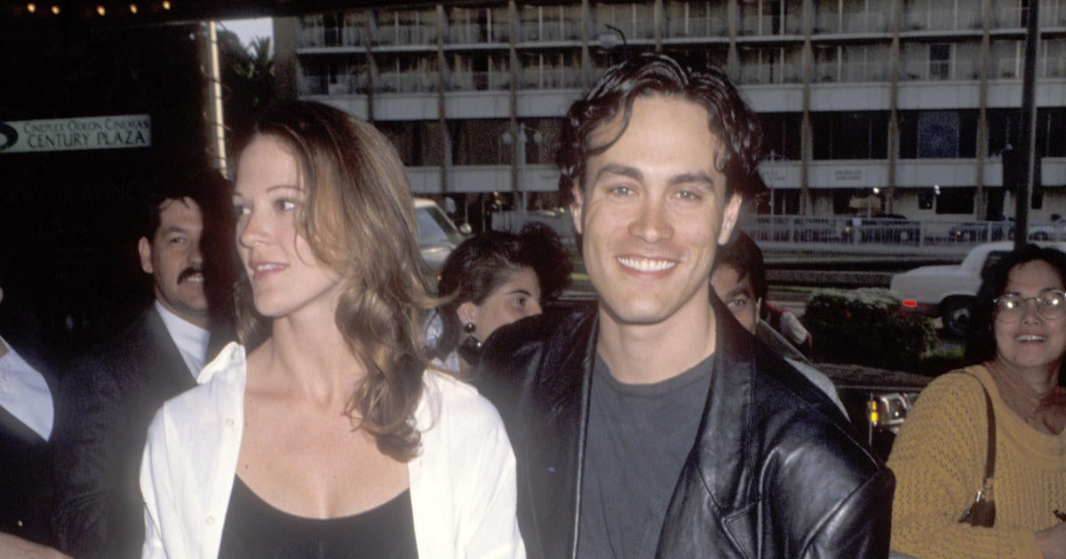 Brandon Lee's Fiancee Eliza Hutton Breaks Silence 28 Years After His Death in Wake of 'Rust' Shooting.jpg