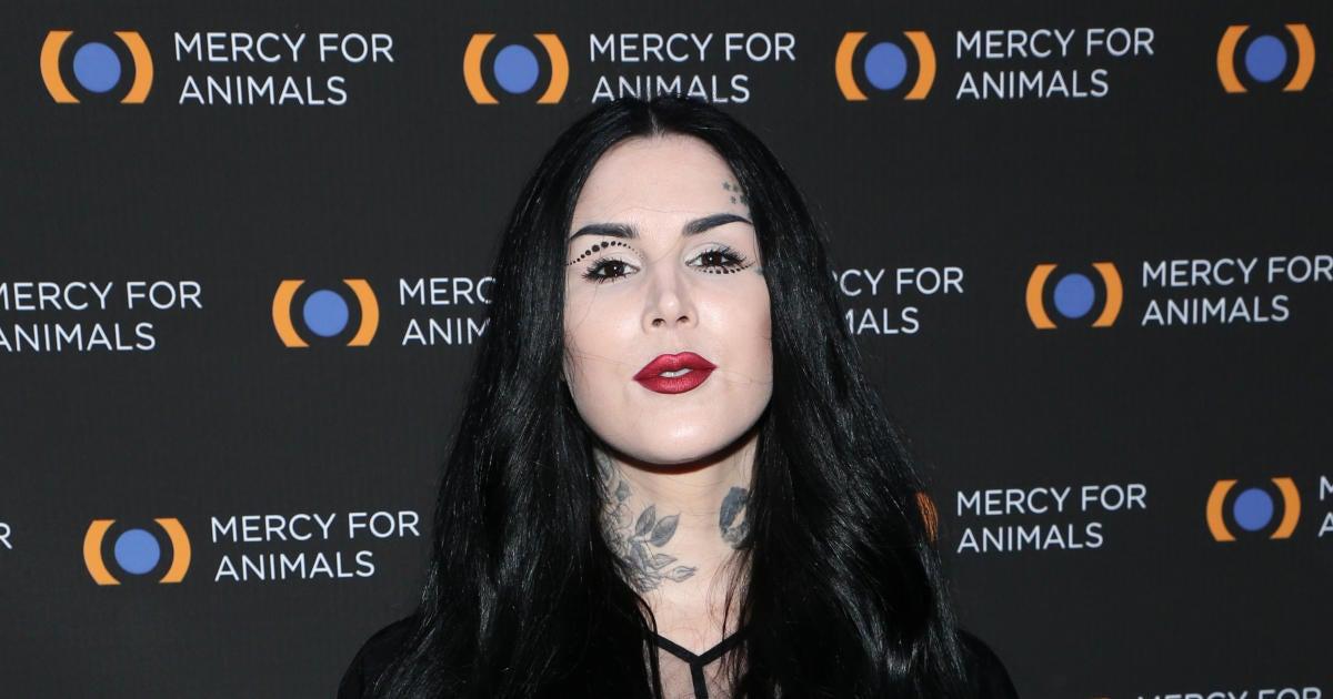 Kat Von D Has Sad Update About Her Tattoo Shop.jpg