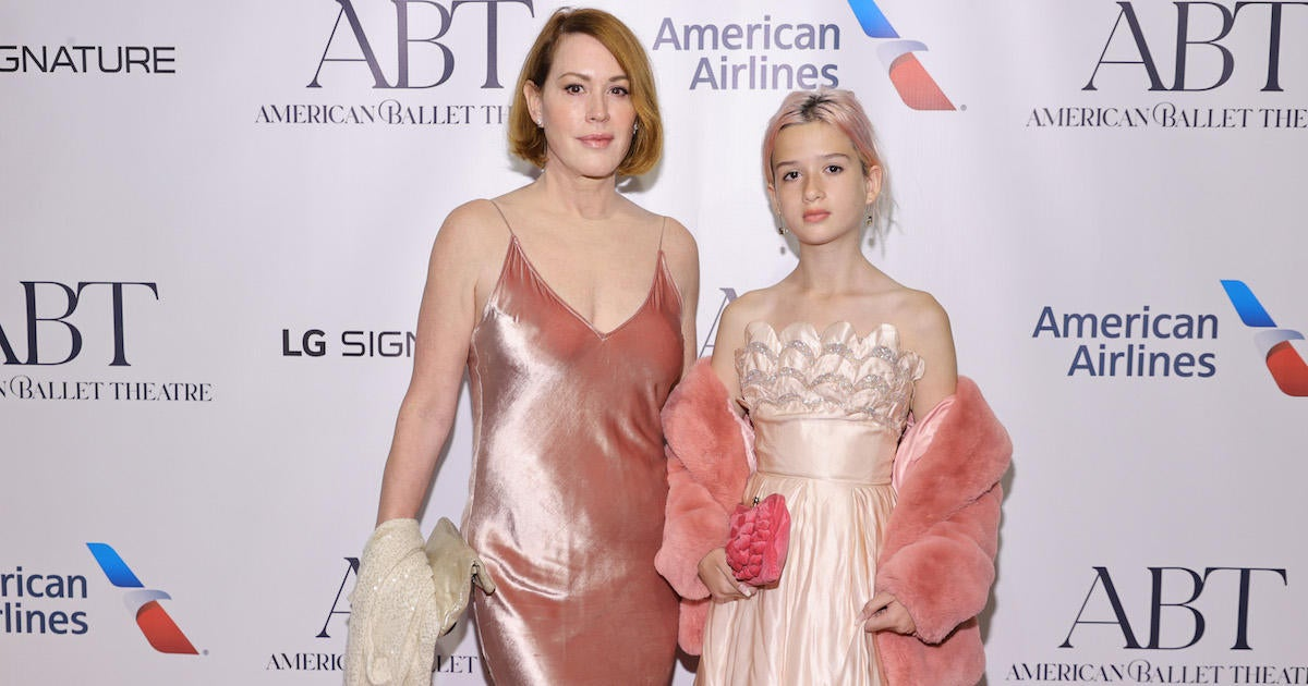 Molly Ringwald and 12-Year-Old Daughter Adele Are Pretty in Pink Outfits on Red Carpet.jpg