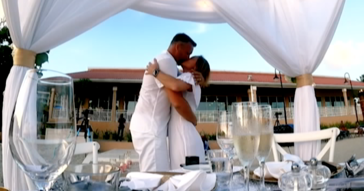 'Married at First Sight': AJ Proposes to Stephanie in Romantic 'Couples Cam' Exclusive Preview.jpg