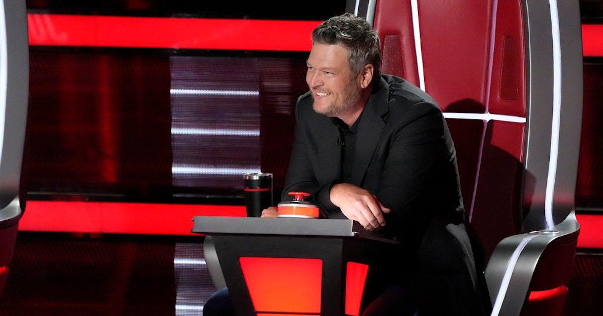 'The Voice': Blake Shelton Gets Emotional During Wendy Moten's Incredible Knockout Performance.jpg