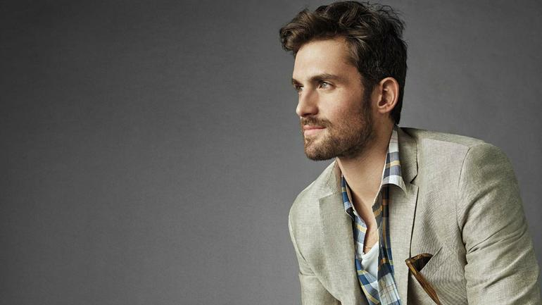 LOOK: Cavs' Kevin Love is the face of Banana Republic's ...