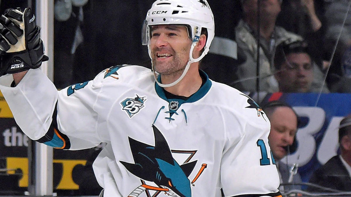 Patrick Marleau Returns To Sharks On One Year League Minimum Deal Cbssports Com