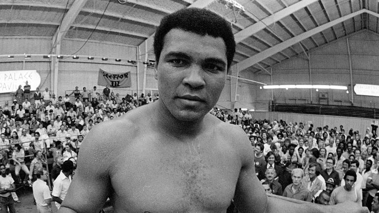 LOOK: Muhammad Ali's daughter shares touching story on final moments of his life - CBSSports.com