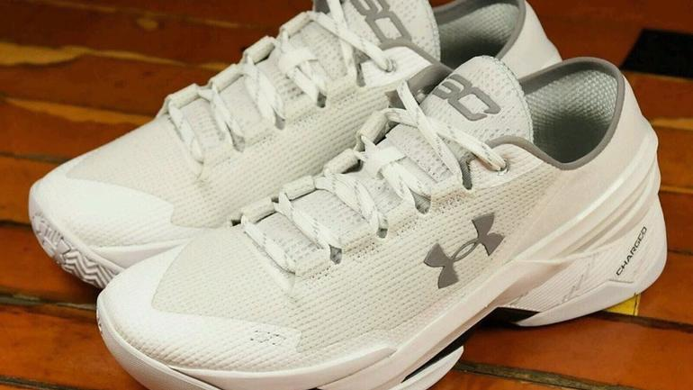 70c54f578adb Steph Curry s new Under Armour sneakers lit Twitter on fire with Dad jokes