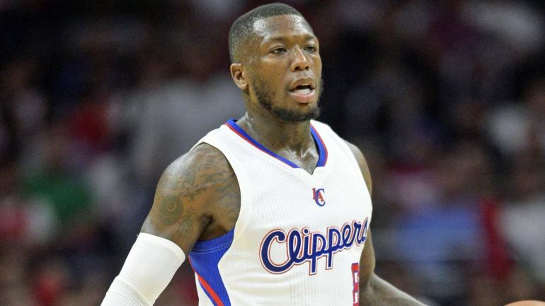 Nate Robinson Claims He Was Offered 100k To Keep Playing Football