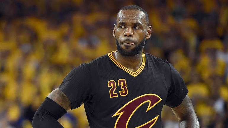 LeBron's motivation burning hot as he stares into Warriors' spotlight