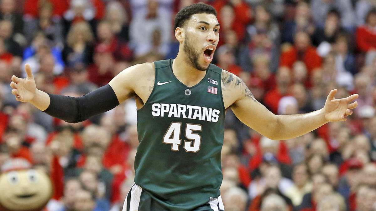 c6cabcd7b47 LOOK: Bulls rookie Denzel Valentine to wear Michael Jordan's old No. 45 -  CBSSports.com