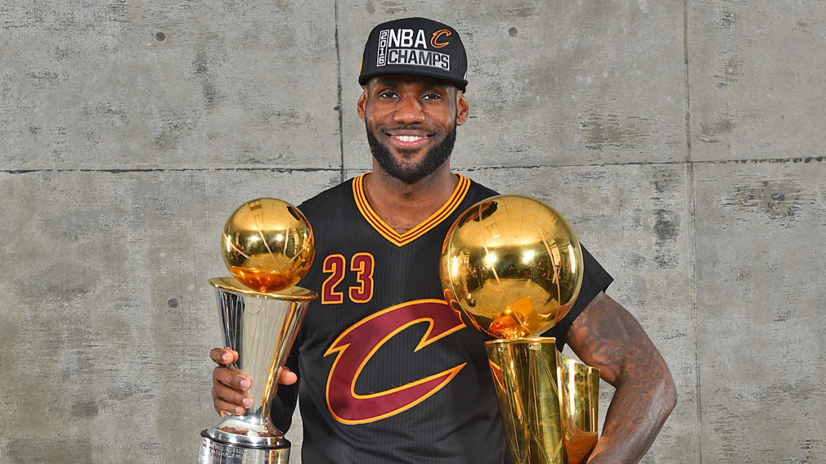 best cheap 04a4d 34884 LeBron James declares himself 'the greatest player of all ...