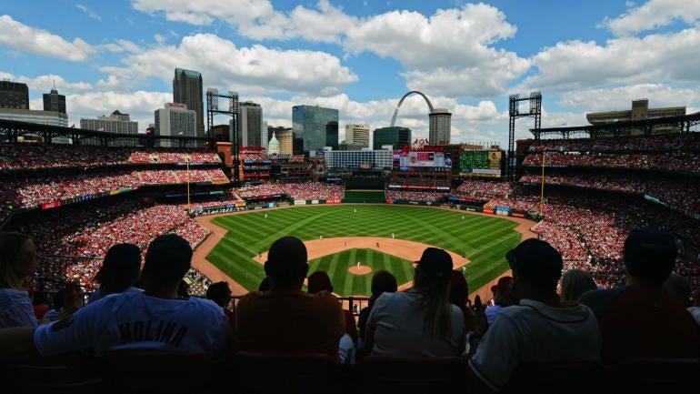 Busch-stadium-cardinals