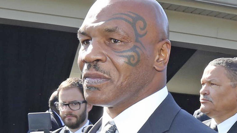 Mike Tyson believes Conor McGregor will look