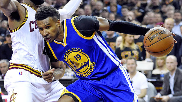 Former Warriors guard Leandro Barbosa reportedly agrees to join Suns