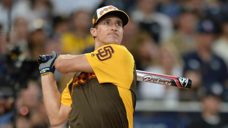 LOOK: Drew Brees hits monster homer in MLB celebrity softball game - CBSSports.com