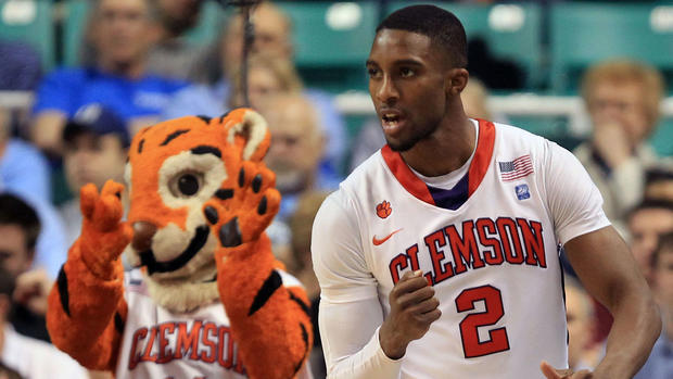 Former Clemson guard Stitt found dead at North Carolina home