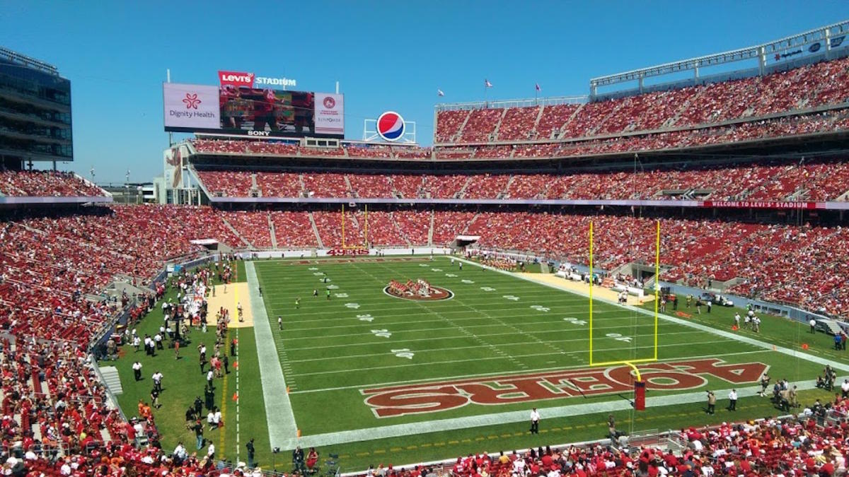 49ers fans beg team to fix the $1.3 billion Levi's Stadium's one major flaw
