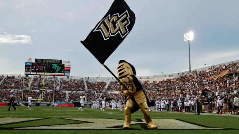 How Nike and the 'blur offense' have Scott Frost confident in a UCF power surge - CBSSports.com