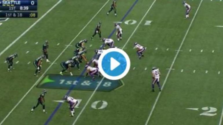 Watch Russell Wilson Throws Absolute Dime To Tyler Lockett