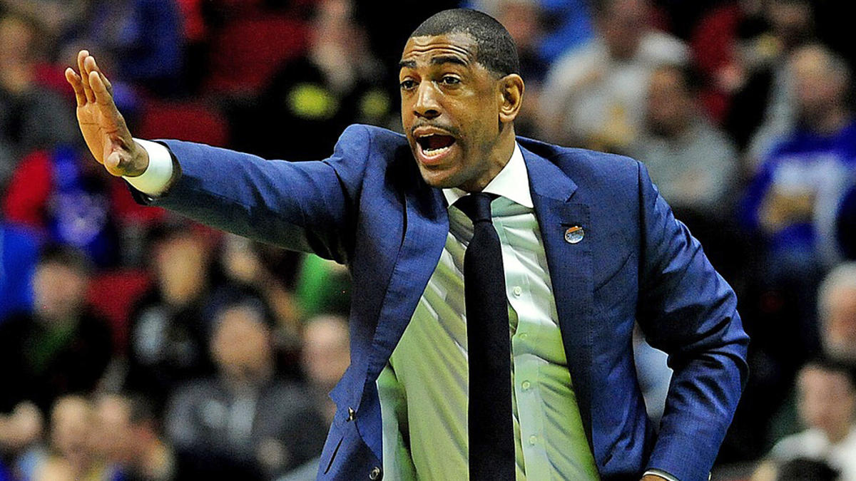 College basketball odds, picks for January 25: Best 3-team parlay