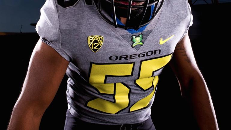LOOK: Oregon rolls out comfortable uniforms for opener vs ...