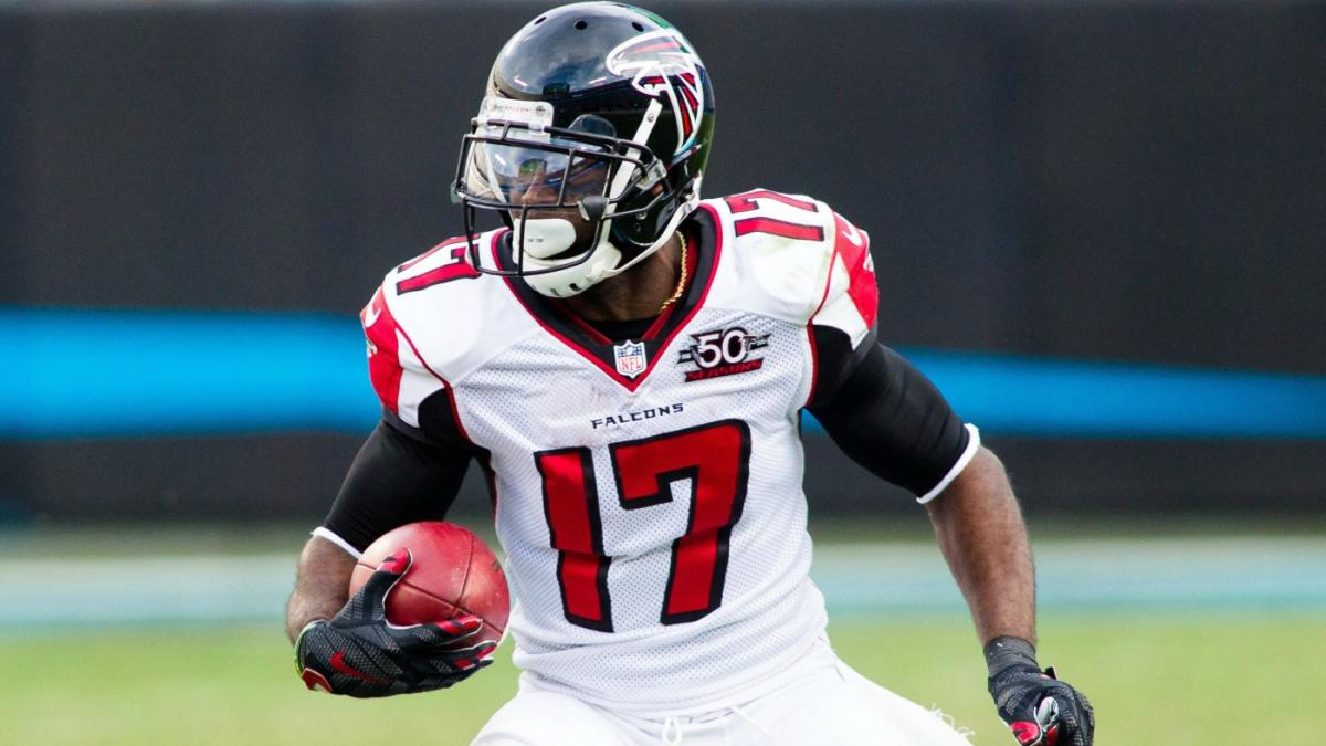 Ravens reportedly sign Devin Hester to fix their return game woes ...