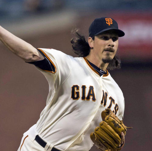LIVE: Giants look to expand wild-card lead