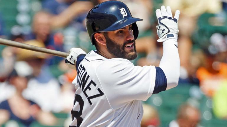 Mlb hot stove rumors giants tigers reportedly talking j d martinez