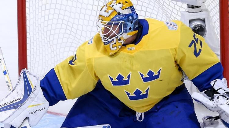 Look Sweden Goalie Jacob Markstrom S World Cup Of Hockey Mask Honors Zlatan Cbssports Com