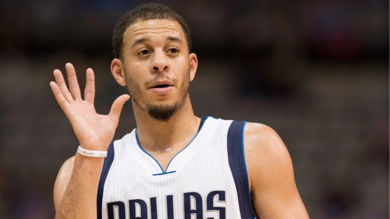 WATCH: Mavs guard Seth Curry showcases his 3-point skills in preseason game - CBSSports.com