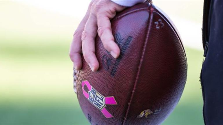 new product d96ed 2fd93 Vikings to wear pink gear on Sunday - CBSSports.com